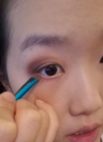 10. Lower lash line.jpg